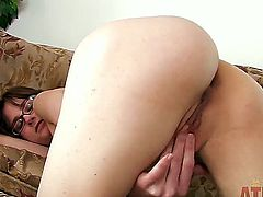Jay Taylor seduces her boyfriend with a hairy pussy