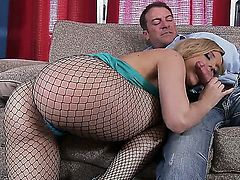 Awesome blonde chick Alexis Texas is fucking with Randy Spears