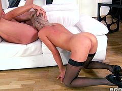 What's better then a gorgeous blonde wearing only her stockings and high heels? Well, a blonde that's ready to fuck insanely like Lindsey is. The naughty beauty likes it deep in her ass and this guy stretches her hole before drilling her pussy so hard that she's ready to squirt!
