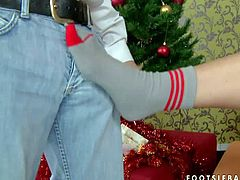 Bare ass chick in socks Cindy Dollar gives footjob