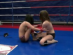 Nude wrestling is getting more and more popular lately and the main reason is the fact that girls like Lexy Little and Nicole Sweet are doing it naked!