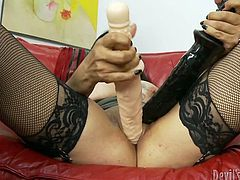 Full-bosomed brunette babe in sexy black stockings takes care of her own orgasm. Don't miss her solo action as she goes wild because of her gigantic toy!