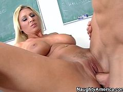 Naughty America sex clip presents a really voracious and kinky blond teacher. Damn, I wish I were a student now, if I had such a gorgeous busty teacher. Impressively hot and voracious nympho is all naked on the desk and wanna get her mature wet cunt eaten and drilled missionary.
