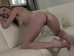 Pleasing girl with stunning body features Daryl does whatever she must to please her favorite viewers. She spreads her legs, bends over and shakes her lovely butt cheeks.