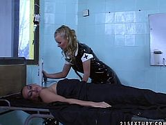 Two horny sluts Dora Venter and Mandy Bright show their cock-sucking abilities to two horny men and then let the guys double penetrate them.