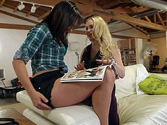 Attractive blonde Aiden Starr goes topless in front of lovely lesbian brunette Sinn Sage. Brunette touches blondes perfect big melons before they kiss with big desire. Watch lesbians have fun.