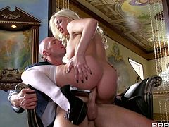 Sexy blonde Britney Amber in white stockings and black shoes does her best to seduce a guy. He loses control after she takes his hard dick in her hot mouth. She sucks like a pro and then makes his sausage disappear in her anal hole.