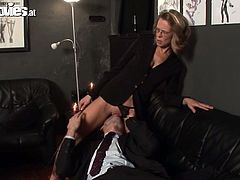 Caught and treated by his mistress in the office