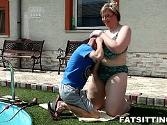 Nothing compares to obscene face smothering performed by BBW Diana! When the poolboy comes at her house she totally dominates him!