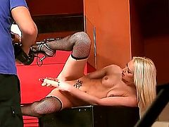 Here is the cool and kinky story that would bring you tons of delight. Here you would find backstage porn video with seductive gal Honey Winter playing with dildo.