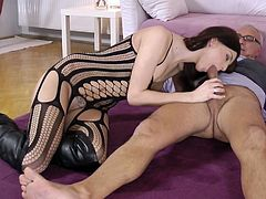 Torrid slim brunette with sweet tits and smooth ass has a strong and voracious appetite for anal sex tonight. This awesome tall gal in stockings is a terrific dick rider, whose mission is to bring dozen of delight to spoiled lucky stud.