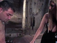See how Jordan Kingsley strapon fucks a guy in many different positions in this sex dungeon in what is a crazy BDSM femdom vid.
