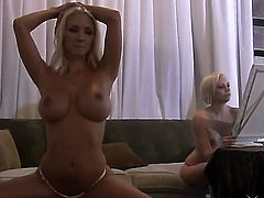 Blonde Molly Cavalli gets the pleasure from pussy fingering