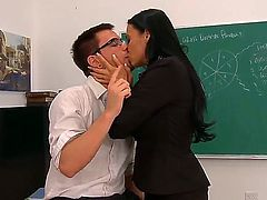 Fascinating brunette teacher Vanilla DeVille has too curvy forms to be modest lady. Today she remains alone with her worst student Dane Cross to check his talents in sexual education on the practice.
