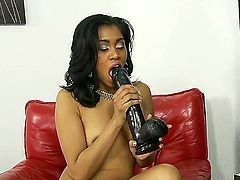 Cocoa Yasmine de Leon learns more about interracial hardcore sex from horny bang buddy