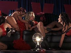 See a hot blonde and three sexy brunette strippers putting a hell of a lesbian show as they munch and finger their pussies into heaven on stage! Kaylani Lei, Brandy Aniston, Alektra Blue and Jessica Drake are amazing performers.