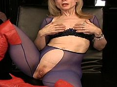 Busty blonde mature hottie loves posing when finger fucking her shaved cunt