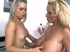 Smoking hot filthy blonde milf Sharon Pink with huge firm gazongas in sexy summer dress seduces her naked slim step daughter and licks her shaved tight cunny to loud orgasm