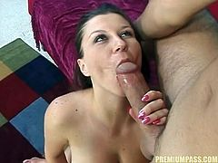 Hottie rides fat cock and feels it drilling her deep in amazing hardcore action
