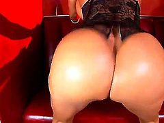 Brunette Latina bitch Franceska Jaimes exposes delights showing everything she got. She is starting to push fingers into snatch and anal hole getting pleasure from that.