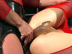 Blonde Ashley is a lesbian sex fuck addict who loves Kathia Nobilis fuck hole so much