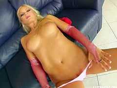 Classy blonde sexpot with fine curves gives masturbation solo