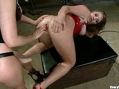 Two passionate lesbians drilled their asses and get fucked