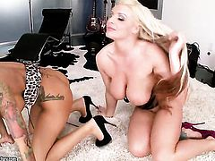 Blonde senorita Sadie Swede shows lesbian sex tricks Angelina Valentine with passion