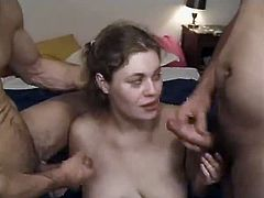 Pregnant milf satisfies two dudes in a homemade clip