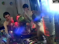 Here is the college orgy that you shouldnt be against of watching! Dasi West, her girlfriends and boyfriends are going to have cool group sex and right before cam.