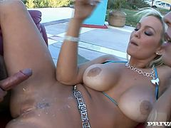 Some dude nails a couple of fucking hot bitches outdoors, one blonde, one brunette, check it out right here! It's fucking awesome!