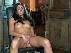 Anna Morna is a naked sexy brunette in black shoes. She exposes her small tits and fucks her twat with her fingers in front of the camera. Nothing can stop her from pussy stroking.