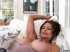 Monique Fuentes gets down and dirty in cum flying action