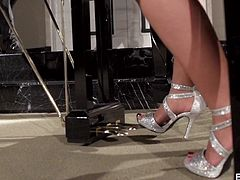 Canadian milf Capri Cavanni is elegantly playing the piano and fantasizing of cock when her pussy starts to get wet and she begins to drool. Johnny walks in and she gets her wish. She sucks on his man meat until he ejaculates.