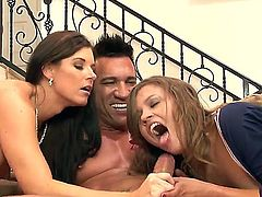 Sexy babe Ashley and Indiana enjoy a huge pole penetrate their wet cunts in a threesome