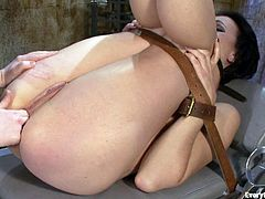 A couple of hotties their respective dominant/submissive roles in this kinky bondage scene packed with asshole stuffing, check it out!