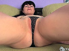 Tattooed brunette amateur nymph Siouxsie toying her petite shaved cunny and tight asshole hard