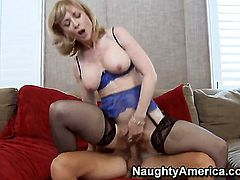 Seth Gamble seduces Nina Hartley into fucking