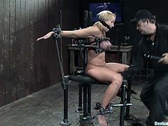Check the blonde Mellanie Monroe and see how her tits get all purple when they are being squeezed in this session.