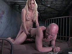 Ask this poor man Chad Rock. He is the one who had gone through such action! Jesse gets to give Chad a bondage and then fuck his ass doggy style.