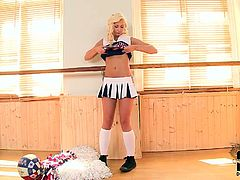 Blond chica is wearing seductive cheerleader costume looking extremely seductive and hot in DDF Network solo masturbation video. Blond hottie is incredibly good in teasing action so you definitely gonna have a hard boner as soon as you press Play button. Enjoy this blond stunner in steamy teasing session on Anysex for free.
