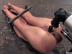 The bondage session this girl about to embark in will have her in a very exposed position with her legs over her face and her pussy totally vulnerable for toying.