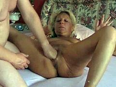 Nice mature Tinker has the brutal fist shagging till she screams and squirts inside the crazy cumming