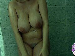 Sophie Mei - Perfect Sexy Shower
