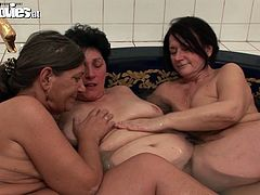 Three kinky old lesbians lick each others pussies and suck nipples in small pool. They please each other and moan with pleasure. Enjoy worn out bitches for fee.