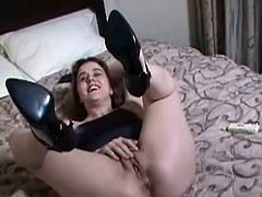 Cute Canadian brunette Julia Ann does a little striptease and posing before she goes for her crotch and rubs her cunt. After a while she pulls out her vibrating toy to use on her slick slit. She does it all in front of an amateur cameraman.