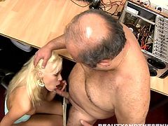 Beauty And The Senior xxx clip will impress and please you at once. Wonderful slender chick with flossy ass provides her BF with a stout blowjob. Just look how deep this bitch plug the tool into her throat! Tough drilling of her wet pussy from behind will be more than perfect to gain lots of delight.