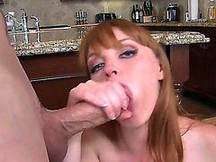 Jessy Jones & Marie McCray in blowjob action