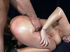 Candy Manson is a smoking hot bitch with a great ass which is about to get fucked and spanked till it gets red by Danny Mountain. He fucks her so hard in this amazing video.