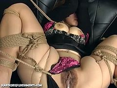 This horny japanese bitch is all tied up and it's time for her snatch to get punished. They use various toys and want to make her cum!